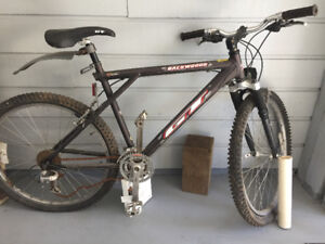 "21 speed 18"" GT hard-tail mountain bike frame"