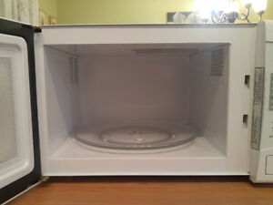 Microwave Oven Kingston Kingston Area image 3