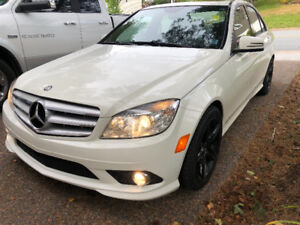 Mercedes-Benz C250 4 Matic  Great for Winter All Wheel Drive