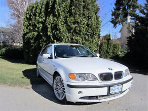 2003 BMW 330i very well maintained PRICE REDUCED
