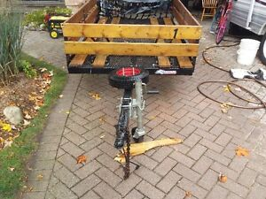 7.5 by 4.5 ft bike trailer / utility trailor London Ontario image 4