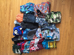 Boys size 4T clothing