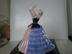 "Royal Doulton Figurine - "" Susan "" HN 4777 - Kitchener / Waterloo Kitchener Area image 1"