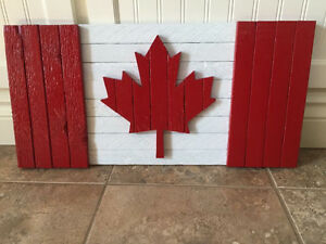 Tabacco slat Canadian flag