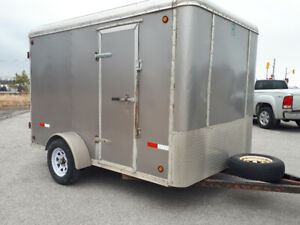 7x10 enclosed trailer with brakes