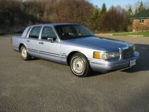 1994 Lincoln Town Car for sale