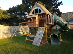 Outdoor Play Swing Set