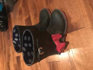 """""""Yo Kids"""" girls rain boots size 2"""