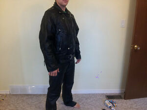 Hot Leathers Genuine Leather Motorcycle Suit Cambridge Kitchener Area image 1