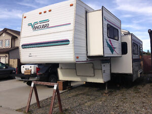 1997 vanguard 29ft fifth wheel 8900obo
