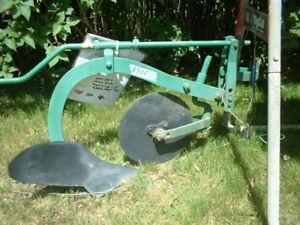 moldboard plow for garden tractor