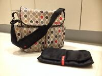 Skiphop changing bag with changing mat