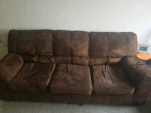 Couch for sale 15$/obo IN KELOWNA