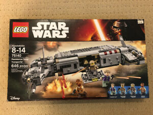 LEGO Star Wars 75140 Resistance Troop Transporter (NEW)