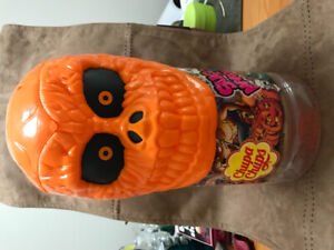 Reptilian Monster Head - Store Display Candy Container