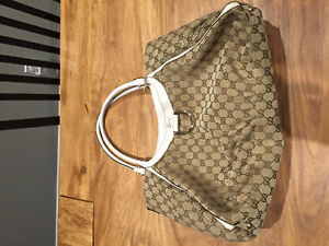 Large AUTHENTIC Gucci Tote