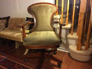 Bombay Company Adjustable - swivel desk chair