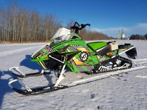 2016 Arctic Cat M8000