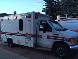 2006 Ford F-450 Ambulance for Sell