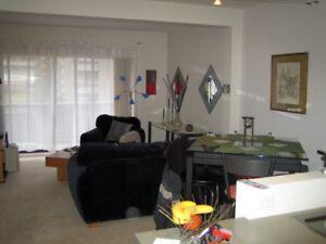 One bedroom with office area and balcony Nov.1/17