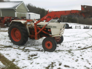 David Brown 995 tractor with loader