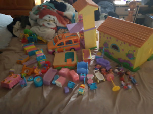 Dora house and more