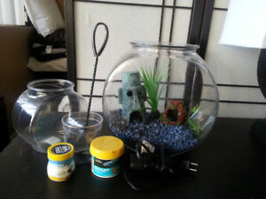 Fish bowl 3 gallon with accessories