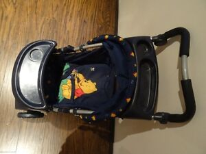 Lot of 4 -High Chair Graco), Stoller, Car Seat, Crib (all toys) West Island Greater Montréal image 7