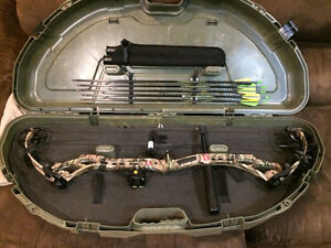PSE COMPOUND BOW ( BOW MADNESS XL MP ) RIGHT HANDED