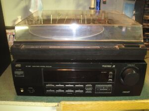 Start your Vinyl Collection Now !!! Turntable/Amp/Speaker Combo