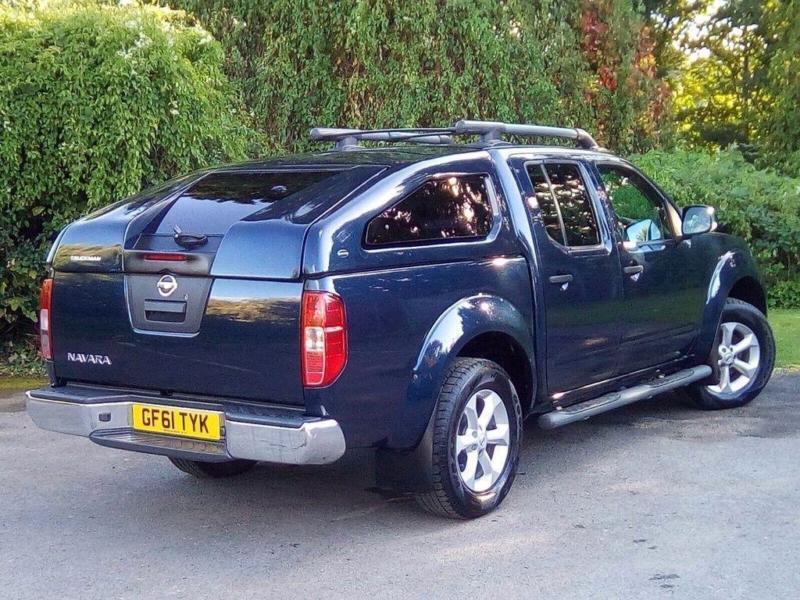 Nissan Navara 2.5 dCi Tekna Double Cab Pickup 4dr DIESEL MANUAL 2011/61
