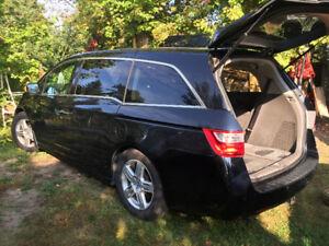 2012 Honda Odyssey TOURING Familiale