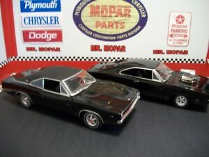 DIECAST  1 /18   DODGE   CHARGER