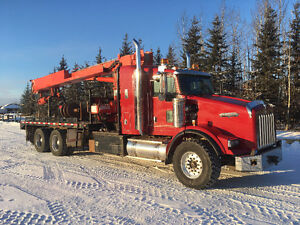 READY TO GO! 2007 Screw Pile Truck For Sale