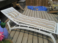 New Patio Deck Sun Lounger with Cushion