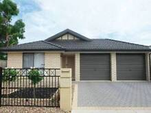 NEAR NEW, MODERN, SPACIOUS , PEACEFUL, Gardener provided... Mansfield Park Port Adelaide Area Preview