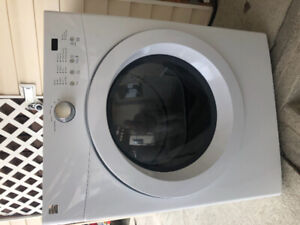 Clothes Dryer (stackable)