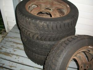 4 - P205/55R16 Winter tires on rims - Lots of tread left!