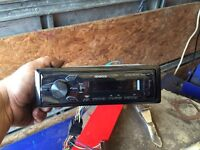 Kenwood car radio with usb and aux