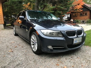 2009 BMW 335xi with Warranty!
