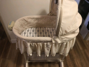 Bassinet for sale great condition