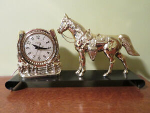 Snider Gold Horse- Horse Shoe Mantel Clock