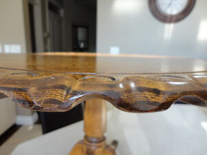 Beautiful Grained Vintage Brass Clawfoot Table w/Scalloped Edge Kitchener / Waterloo Kitchener Area image 5