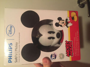 Brand new Mickey Mouse and Minnie Mouse night time pals