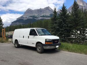 GMC Savana 3500 Camper Van