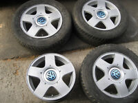4 mags vw  jetta golf 15 pouces