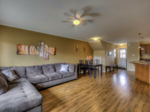 Great Townhouse...Priced to sell PLUS $5000 bonus to buyers!