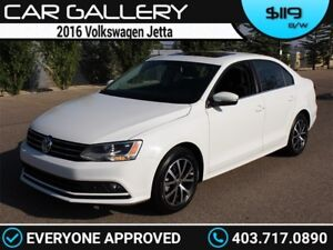 2016 Volkswagen Jetta TSI w/Sunroof, BackUp Cam $119B/W YOU'RE A