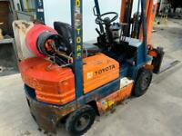 TOYOTA 425FGF18 FORK LIFT LPG(GAS) FOR SALE