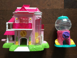 Squinkie House and Machine